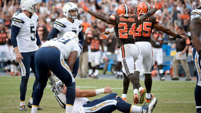 Oct 4, 2015; San Diego, CA, USA; Cleveland Browns cornerback Johnson Bademosi (24) and outside linebacker Armonty Bryant (95) celebrate a missed field goal by San Diego Chargers kicker Josh Lambo  Robert Hanashiro